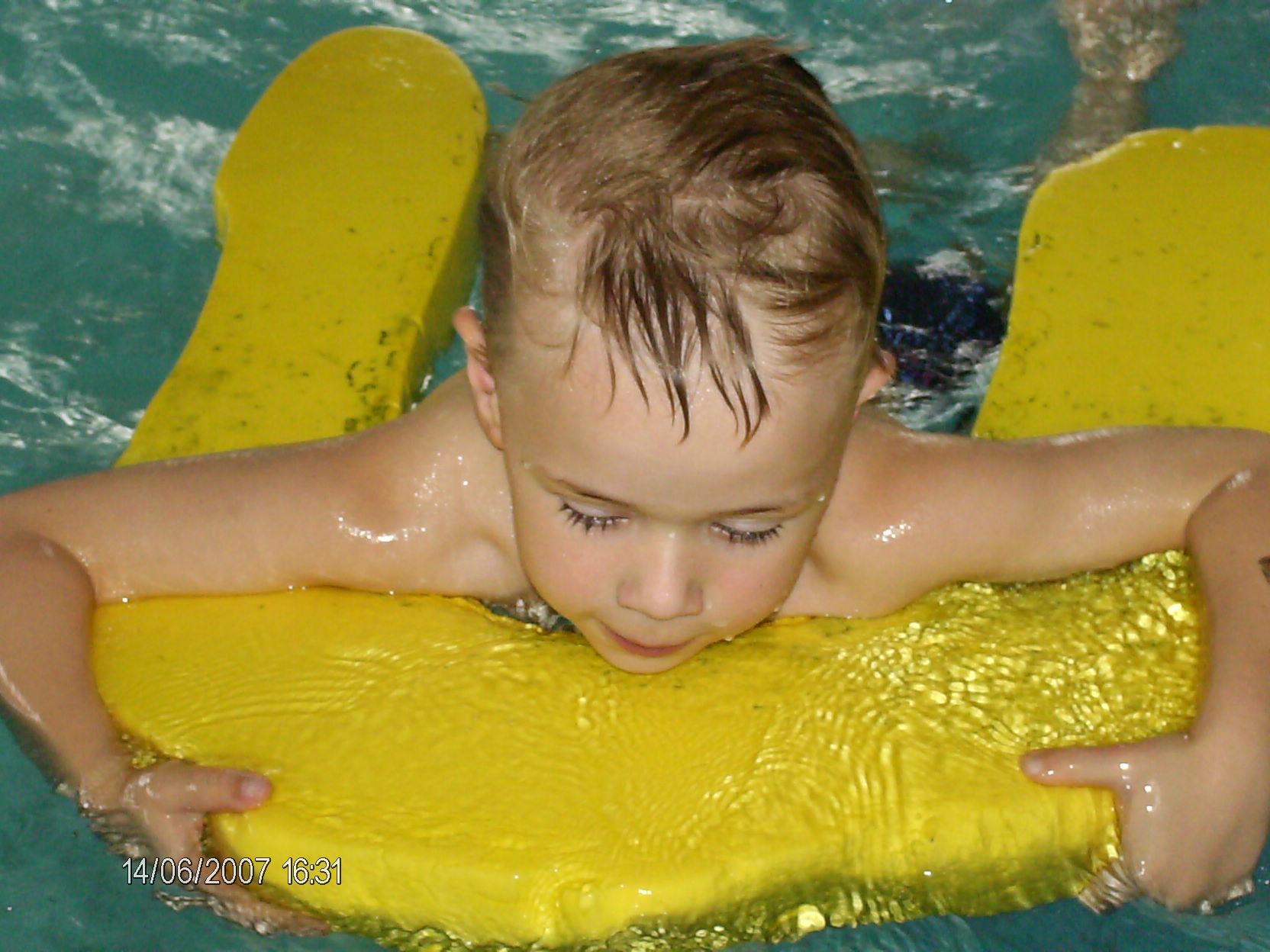 lulu a la piscine